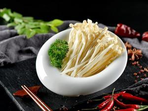 春季养生食谱 多吃点金针菇可有效抵抗过敏