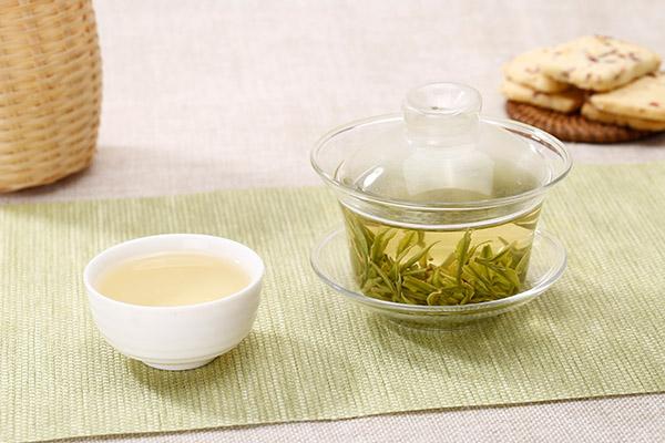 白茶2.jpg